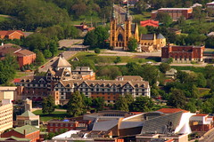 St. Andrews & Hotel Roanoke as seen from Mill Mountain (SeeMidTN.com (aka Brent)) Tags: church virginia downtown catholic telephoto roanoke va standrews observationdeck millmountain hotelroanoke bmok bmokchurch
