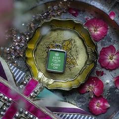 KEEP CALM & CARRY ON (GREEN GRASS) - RETRO CHARM (Alicja Radej Arte Ego) Tags: glass handmade oneofakind jewelry jewelery retrocharm