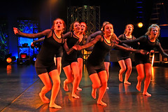 Skriket (Quo Vadis2010) Tags: show girls se dance sweden performance wicked sverige gymnasium dans halmstad stygg halland elak danceperformance girlsdancing vstkusten sture flickor dlig lastbar uppvisning thewestcoast upptrdande dansuppvisning gymnasieskola frck sturegymnasiet continuationschool syndig municipalityofhalmstad halmstadkommun flickordansar nameoftheperformancewicked namnpfrestllningenwicked gudls nedrig okynnig odygdig sklmaktig osedlig