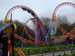 Heels over Head (Davydutchy) Tags: park holland wet netherlands rain amusement nat rollercoaster looping corkscrew regen flevoland schooltrip achterbahn flevo walibi pretpark achtbaan speedofsound