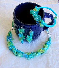 Sea Flowers (klio1961) Tags: beautiful spring oneofakind jewelry m polymerclay pastels translucent bracelets earrings colgantes madebyme authentic shimmering necklaces handtinted bangles pardo cernit joyas pulseras cutters premo kolie sorbetcolors translucentclay xantres skoularikia kosmimata braxiolia xeiropoiito vraxiolia