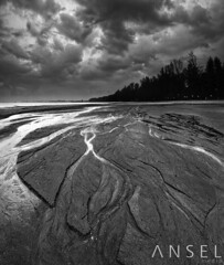 Cocaine (draken413o) Tags: storm beach monochrome sand singapore patterns hard coastal 09 lee changi filters waterscapes gnd meanders cp6 vertorama