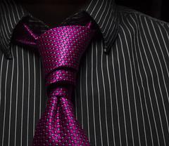 Shirt & Tie; Van Wijk Knot (Hejemoni (@fbauzonx on Instagram)) Tags: pink color fashion shirt spiral key pattern low magenta tie knot van wijk