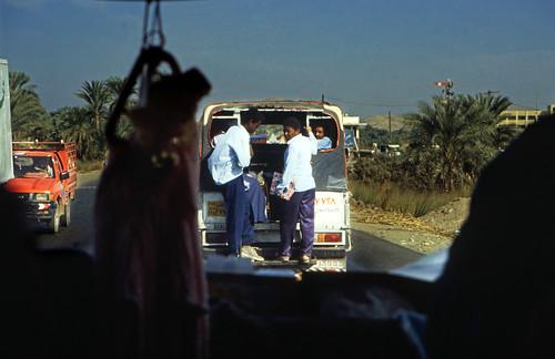 "Ägypten 1999 (144) Busfahrt Assuan - Luxor • <a style=""font-size:0.8em;"" href=""http://www.flickr.com/photos/69570948@N04/27059389034/"" target=""_blank"">View on Flickr</a>"