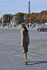 Model on the Place de la Concorde (2) (AntyDiluvian) Tags: trip paris france pose model dress boots longhair posing obelisk placedelaconcorde cleopatrasneedle highheelboots 2015 highboots greendesk