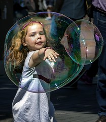 Today i place a bubble of happiness around myself,  and nothing negative can get in! (nagajohn) Tags: streetphotography straatfotografie fotografie photography people streets candid streetlife moment straatfotograaf opstraat onthestreet streetscene straten beautifulpeople outdoor netherlands mooiemensen nederland holland amsterdam amsterdammers mokum nagajohn johnkwee
