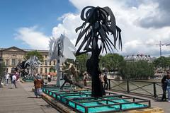 IMG_0453.jpg (mgroot) Tags: paris france art statue ledefrance fr pontdesarts paris2016