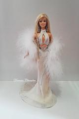 Diva Gone Platinum Barbie (Darwin Dizz) Tags: barbie gone belly button diva platinum collectibles collector
