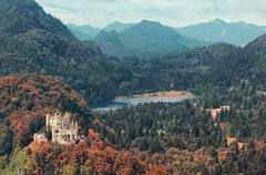 Hohenschwangau Castle (Alessandro Vallainc) Tags: trees lake mountains castle nature clouds canon germany landscape bayern deutschland see landscapes europa europe breath natur wolken taking schwarzweiss landschaft bume montagna paesaggio collina hohenschwangau allaperto 550d breathtakinglandscapes