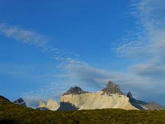 Cuernos del Paine (Mono Andes) Tags: chile patagonia fortaleza andes espada máscara parquenacional parquenacionaltorresdelpaine cuernosdelpaine regióndemagallanes