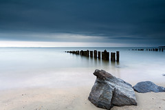 I am Jonathan (dK.i photography (not diggin the new format)) Tags: longexposure morning beach clouds canon dawn gull maryland overcast boulder northbeach piling canonef1740mmf4lusm chesapeakebay singhray 5dmkii