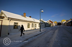 Winter_in_Vlerenggata (Voss-Nilsen) Tags: street travel houses homes winter people urban house snow building home oslo norway by architecture digital canon buildings photography eos norge photo vinter gate europa europe folk norden facades nordic archetecture arcitecture everyday scandinavia geo huset hus sn sne arkitektur architectura bybilder stlandet bygning geografi vlerenga skandinavia hverdagsliv bygninger bolig bydel bebyggelse gatebilder folkeliv byliv enebolig digitalfoto bolighus byggninger stkanten gatebilde byggning boliger geografisk oslobilder bybilde hverdagsbilder reiseliv eneboliger bomilj husstand husstander boligstrk ginordicfeb12 hverdagsbilde