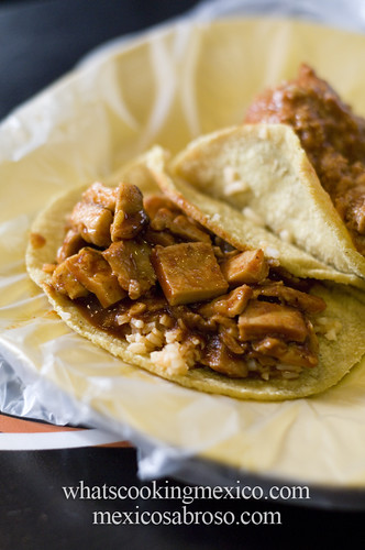 "Guisado tacos<br /><span style=""font-size:0.8em;"">Read more about it here: <a href=""http://whatscookingmexico.com/2012/02/13/the-anatomy-of-a-taco/"" rel=""nofollow"">whatscookingmexico.com/2012/02/13/the-anatomy-of-a-taco/</a></span> • <a style=""font-size:0.8em;"" href=""http://www.flickr.com/photos/7515640@N06/6862931211/"" target=""_blank"">View on Flickr</a>"
