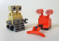 #40, #41 - Vacu-bots (S.L.Y) Tags: robot lego