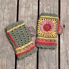 Mittens Wheel of Fortune (Kiwi Little Things) Tags: crochet mittens grannysquare wristwarmer