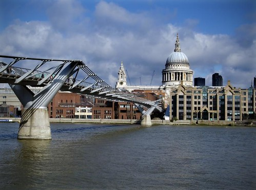 St Pauls cathedral & Millennium Bridge - London