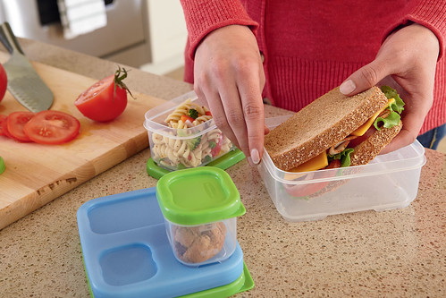 rubbermaid foodstorage lunchcontainers lunchblox