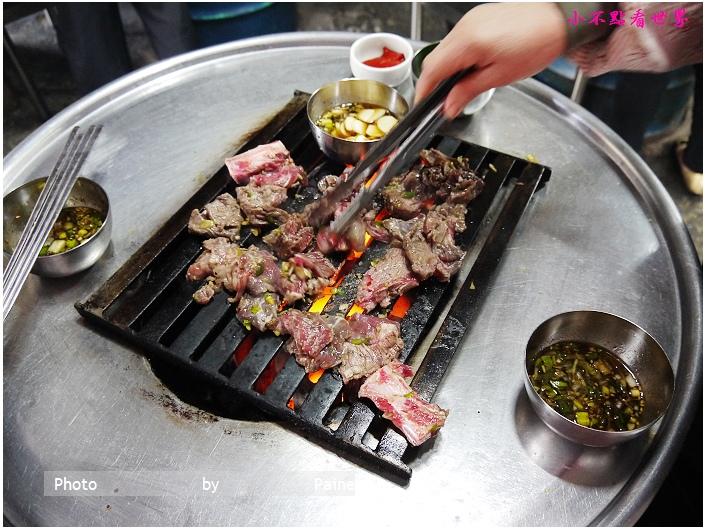 新村站站著吃烤牛小排 (4).JPG