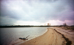 img338 (Hell62_Trbs) Tags: sea film nature river landscape asia grain malaysia disposablecamera pointshoot terengganu setiu analoque autaut kampungmangkuk hell62 hell62trbs fazaraimutai