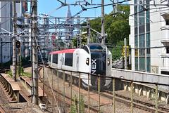 Narita Express E259 Series Train at the North of Shibuya Station (ykanazawa1999) Tags: station japan train tokyo shibuya jr e259series