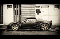 Lotus Elise JPS (Paul Rodrigues Photographies) Tags: bw france sepia wow photography photo noiretblanc lotus elise picture nb photograph rodrigues fotografia photographe jps johnplayerspecial dsaturation waow worldcars saintmaurdesfosss paulrodrigues dsaturationpartielle rodriguespaul paulrodriguesphotographies