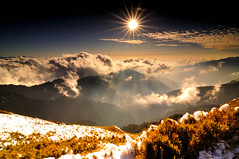 Winter gone @  (Vincent_Ting) Tags: sunset sky mountain night clouds star glow taiwan trails flare formosa   crepuscularrays startrails                 seaofclous