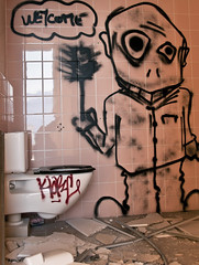 Sieur Pipi (B.RANZA) Tags: streetart graffiti tag trace urbanart histoire waste graff sanatorium hopital empreinte exil cmc patrimoine urbex disparition abandonedplace mémoire friche gogues chiote centremédicochirurgical
