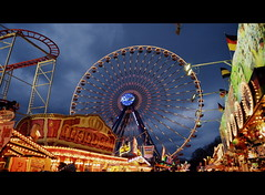 amusement park (redglobe*) Tags: light color colour night germany fun licht nikon roundabout carousel lux karussell münster carrusel lumen sendmünster d5100