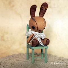 Caramelo* (Cakau ) Tags: brown bunny heart handmade lace bu caramelo cakau