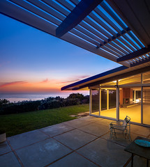 John F. O'Laughlin Residence (Chimay Bleue) Tags: ocean california ranch sunset house home glass modern frank student twilight 60s san view post crane dusk curtain modernism diego lajolla sunshade beam southern socal lloyd walls wright loch residence atomic sixties modernist midcentury postwar mcm brisesoleil influenced midmod olaughlin