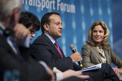 Leo Varadkar addresses delegates