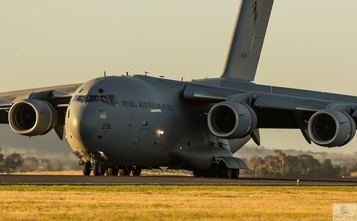 RAAF C-17 A41-206 lands as the sunsets on a Friday afternoon display at the Australian International Airshow 1/3/13