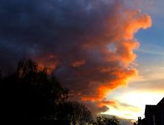 Edge of the storm (Bruce Poole) Tags: sunset cloud clouds tramonto nuvola sonnenuntergang alba dusk cumulus nuage nuages cloudscape crepuscule nube anochecer wolk sundown nuees ||| puestadusol coucherdusoleil spuntardelsole