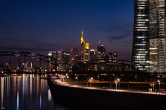 city night lights (Petra Wendt) Tags: city skyline architecture night skyscraper reflections river germany deutschland nikon df nacht frankfurt main stadt architektur fluss frankfurtammain reflektionen hochhuser nikkor85mmais nikondf