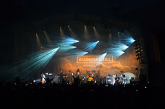 Put your hands in the air! (ORIONSM) Tags: concert forestry sony gig crowd westonbirt rudimental rx100mk3