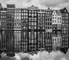 msterdam mirror. (Pablo Gorosito) Tags: world city blackandwhite blancoynegro blanco mirror blackwhite europa negro cities espejo nederlands msterdam