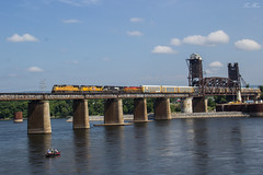 NS 123 at Tennbridge (travisnewman100) Tags: city railroad bridge chattanooga up train river pacific tennessee union norfolk central 123 southern kansas division ge freight kcs manifest emd sd70m c449w sd70ace es44ac tennbridge