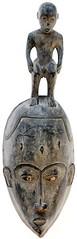 10Y_0664 (Kachile) Tags: art mask african tribal côtedivoire primitive ivorycoast gouro baoulé nativebaoulémasksaremainlyanthropomorphicmeaningtheydepicthumanfacestypicallytheyarenarrowandfemininelookingincomparisontomasksofotherethnicitiesoftenfeaturenohairatallbaouléfacemasksaremostlyadornedwithvarioustrad