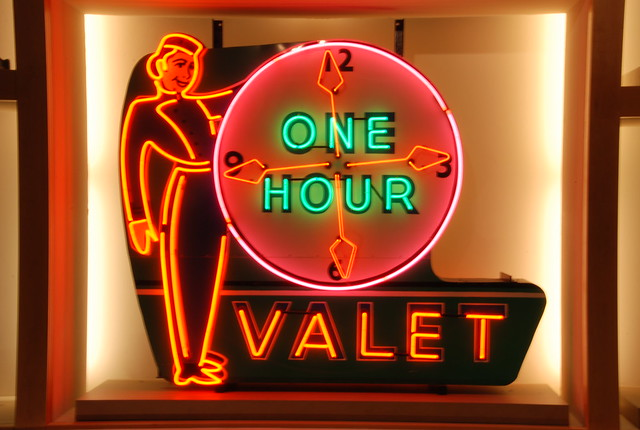 One hour valet neon sign -- Kalamazoo Valley Museum 055
