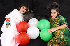 Kuwait 51st National Day (Ghadeer Q) Tags: canon balloons mai tradition omar nationalday liberationday homestudio    kuwaitflag canon24105  25february   ghadeerq