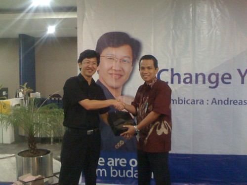 "Bank Mandiri Kebon Sirih • <a style=""font-size:0.8em;"" href=""http://www.flickr.com/photos/41601386@N04/6862873625/"" target=""_blank"">View on Flickr</a>"