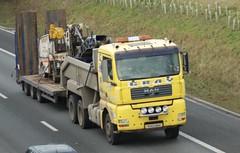 VU53 BUV Gray Plant Hire MAN Low Loader, M2 Sittingbourne (Bud75) Tags: man low loader grayplanthire vu53buv