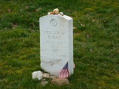 Medgar Evers grave (army.arch) Tags: cemetery grave arlington virginia dc washington districtofcolumbia stones headstone flags va gravestone arlingtoncemetery medgarevers