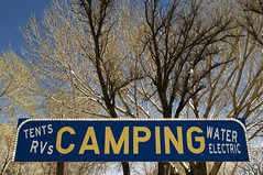 Camping (Curtis Gregory Perry) Tags: big pine california button copy sign camping tents rvs water electric tree sky old reflector campground highway 395 us395  strom pem tr crann baum puu      aa pohon   rbol   arbo drzewo arbre tr rvore boom copac    trd pokok drvo    kyltti liikennemerkki wegweiser schild enseigne criteau    letrero indicacin bord teken uithangbord
