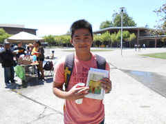 World Book Night Book Recipient @ Chabot College - April 23, 2013 - Hayward, California - 094 (Hayward Public Library) Tags: california reading libraries books literacy thelanguageofflowers cityofhayward 94541 haywardpubliclibrary vanessadiffenbaugh worldbooknight2013