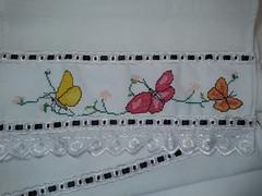 Pano de Prato Bordado Ponto Cruz - Borboletas C005 (SaluArts) Tags: flores de pano artesanato cruz ponto prato copa borboletas bordado