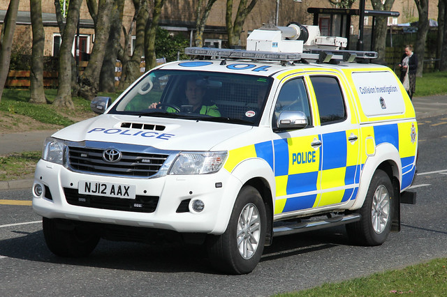 truck newcastle lights mirror offroad 4x4 wing police 4wd pickup northumbria lane toyota vehicle leds van grilles etal collision unit investigation hilux ciu lightbars fendoffs nj12aax