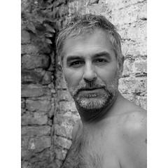 Frank (massimo alberticapo) Tags: bear man men leather naked mask bears bdsm uomo master maschera nudo