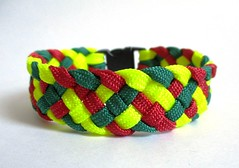 Three Color 6-strand Btracelet (artytransit) Tags: bracelet gutted paracord 6strand 550cord