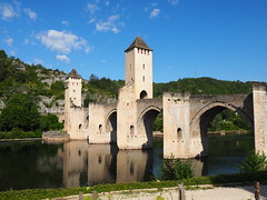 Cahors Bridge #2 (JP Newell) Tags: bridge france river canal lock lot cahors swfrance riverlot midipyrnesregion